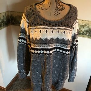 XL AMERICAN EAGLE SWEATER